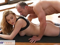 FitnessRooms Yoga master instructs youthful schoolgirl sexual techniques