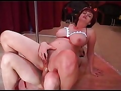 Mature wants to be a pole dancer